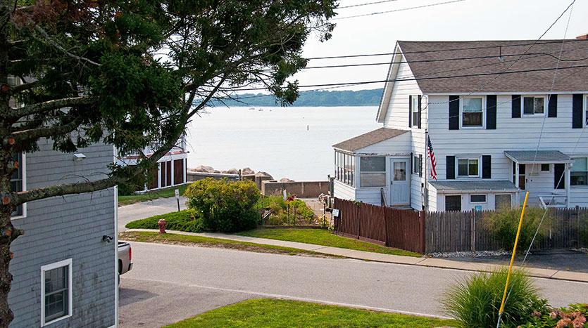 244 W Shore Ave
